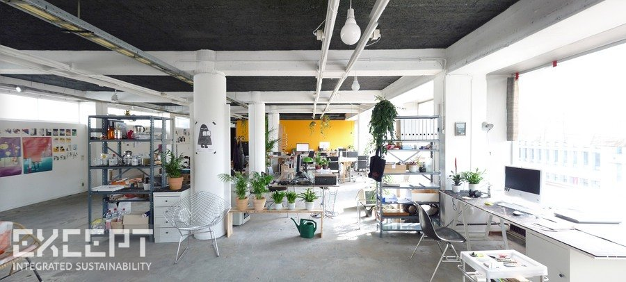 Creative spaces - Personal and spacious workspaces